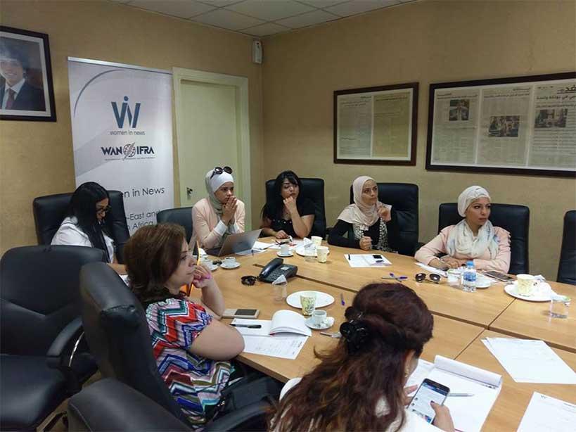 وان-ايفرا تنظم الاجتماع الوطني لمشتركات برنامج النساء في الأخبار في الأردن