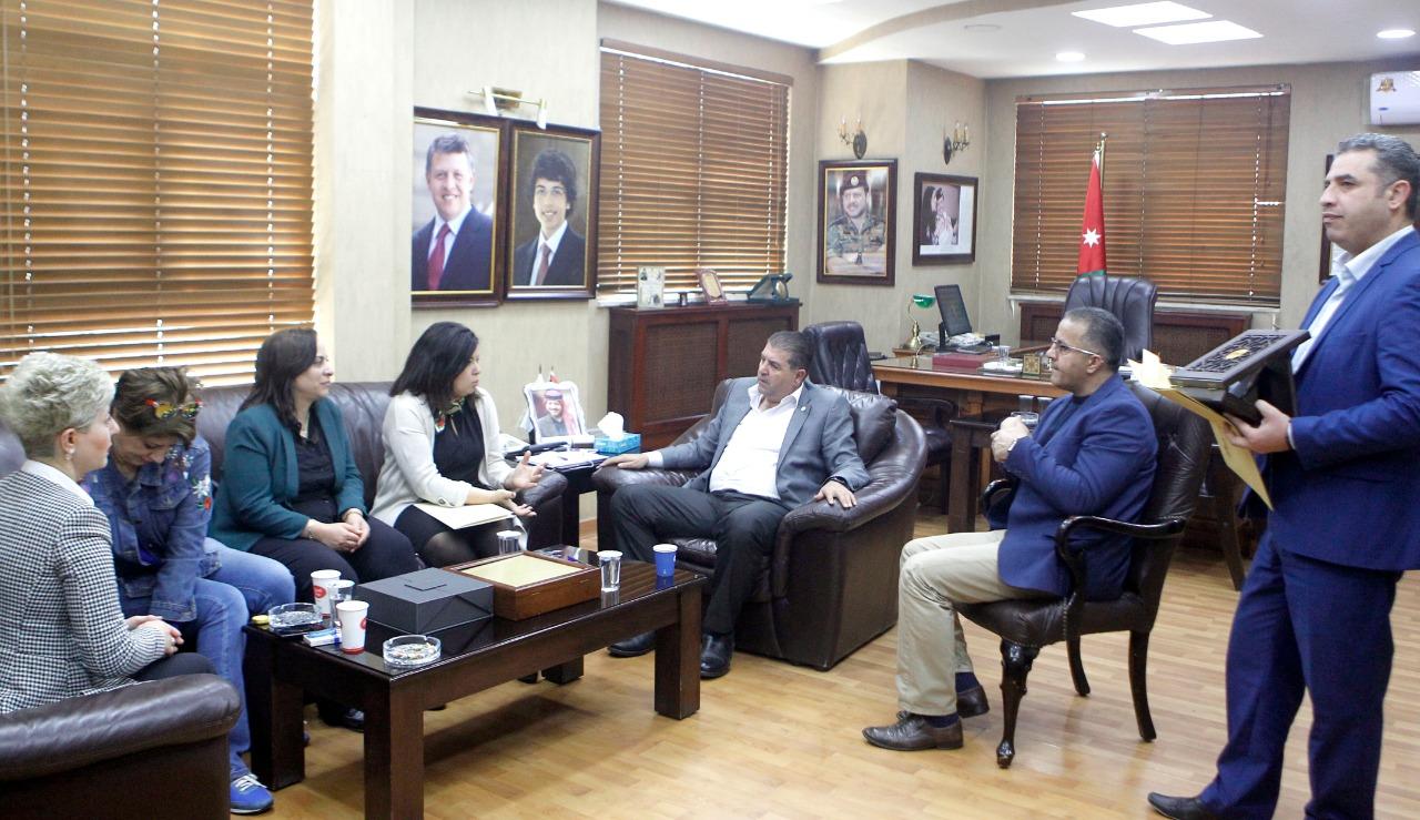 زيارة المديرة الإقليمية لبرنامج النساء في الأخبار للأردن